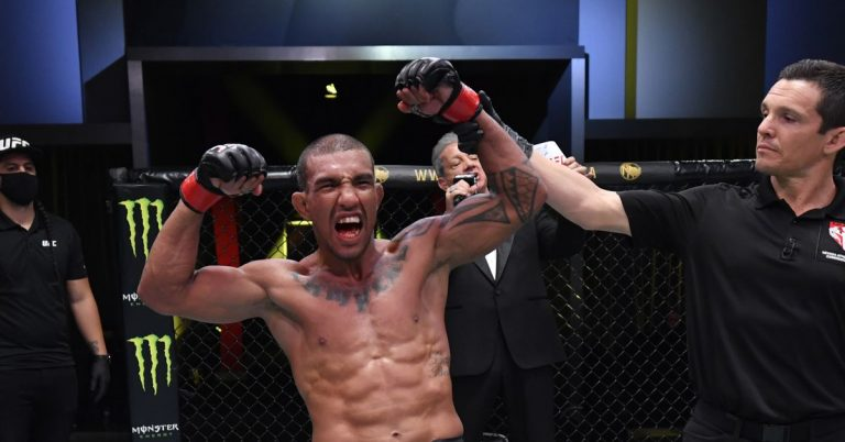 With Raphael Assuncao out, Raoni Barcelos expected to meet newcomer Marcelo Rojo at UFC Vegas 20