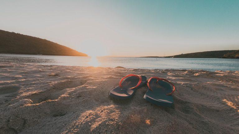 The 15 Best Men's Sandals and Flip-Flops for Summer